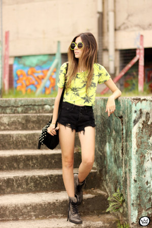 lime green top Displicent top