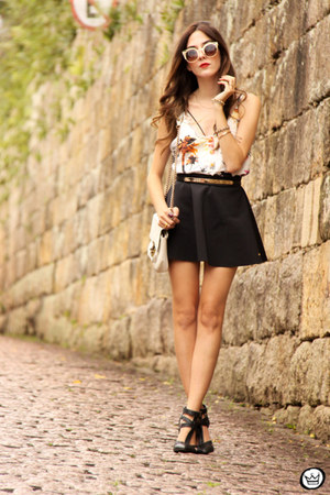 black Lamandinne skirt - gold zeroUV sunglasses - white Lamandinne top