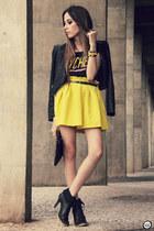 yellow romwe skirt