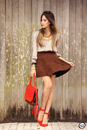 red Lucchetto bag - crimson Dutmy skirt