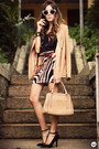 Tan-brechó-da-neide-blazer-tan-romwe-bag-tawny-displicent-skirt
