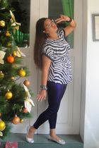 Noir top - purple Zara leggings - silver shoes - purple bracelet - bracelet