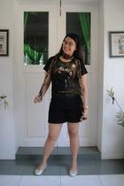 black hottopiccom t-shirt - black shorts - scarf - silver shoes