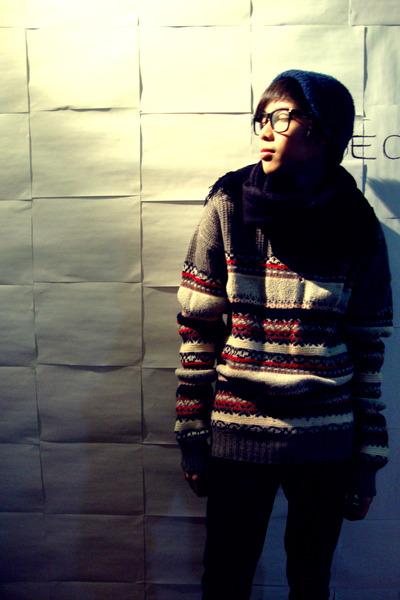 gray Custom Made by Wai Po sweater