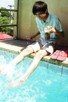 red Topman shoes - beige Marithe Girbaud shorts - blue David Bitton  Buffalo top
