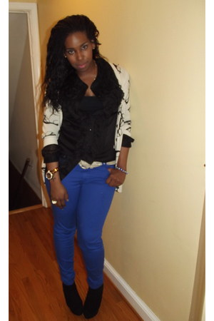 black black boots Bakers boots - blue TJ Maxx jeans - black Forever 21 blouse