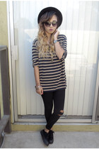 DDs hat - DDs leggings - platforms Target sneakers - thrifted t-shirt