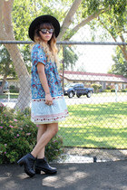Tarte Vintage boots - Tysa Designs dress - Forever 21 hat - thrifted purse