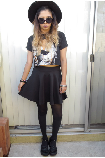 thrifted shoes - Forever 21 hat - thrifted t-shirt - Local store skirt