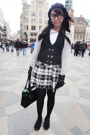 Sinequanone cardigan - 168 vest - Terranova skirt - H&M gloves