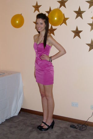 pink wish dress - black necklace - black shoes