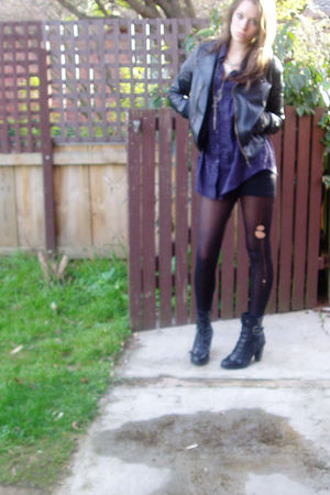 black stockings - purple shirt - black boots - black jacket - gray cardigan - si