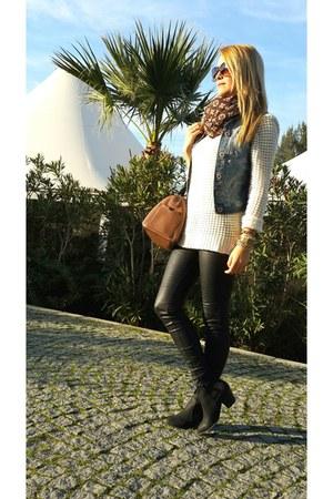 eggshell Mango blouse - black Bershka boots - black Stradivarius pants