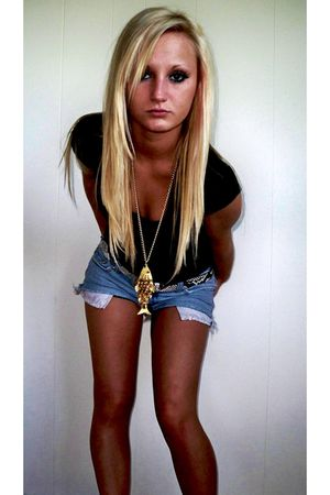 black Arizona shirt - blue Tilt shorts - gold vintage necklace