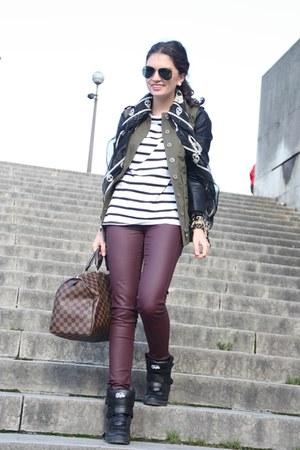 dark brown Louis Vuitton bag - black Buffalo sneakers