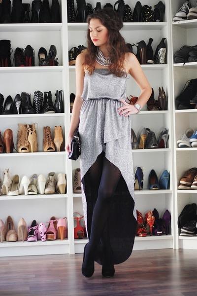 silver inlovewithfashion dress - black Georgia Rose heels