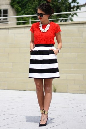 black Hallhuber skirt - ruby red Zara dress - black Guess pumps