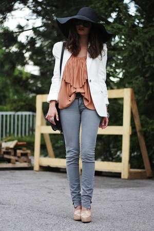 tawny H&M shirt - heather gray H&M jeans - white Zara blazer