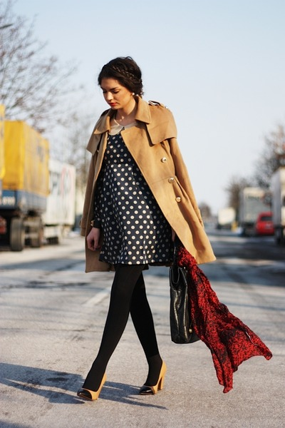 Chicwish dress - VJ-style coat
