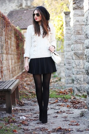 H&M skirt - StylebyMarina sweater