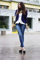 blue Oasis jeans - eggshell Moschino bag - black Steve Madden pumps
