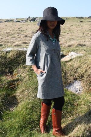 Fryes boots - f21 dress - Target hat - f21 leggings