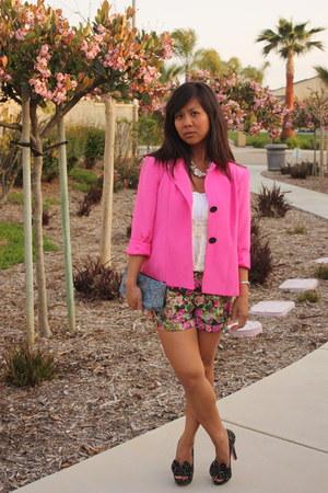 hot pink Forever 21 shorts - hot pink thrifted vintage blazer