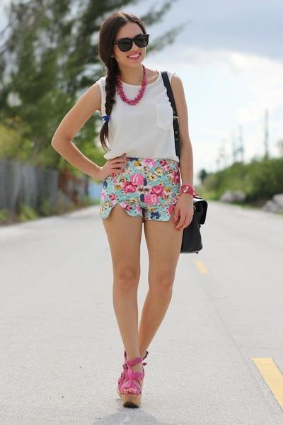 cream romwe shorts