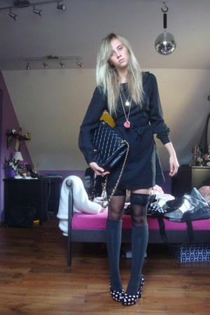 black Topshop dress - black H &amp; M tights - black Chanel bag - gray lindex socks