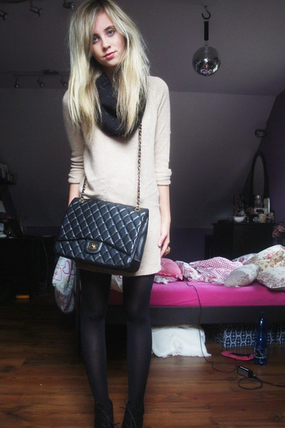 black unknown brand boots - tan Mango sweater - black H & M tights