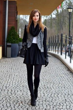 black vagabond boots - charcoal gray Choies jacket - black H&M tights