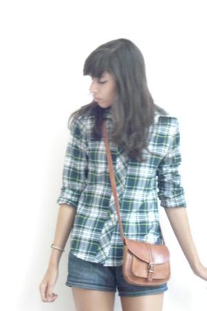 vintage shirt - H&M shorts - vintage purse - Zara shoes