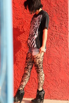 Custom made by Raquel accessories - Levis shorts - sam edelman shoes - vintage s