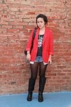 thrifted blazer - Levis shorts - H&M shirt - Zara shoes