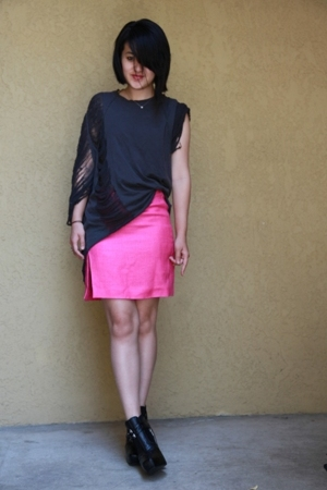 Vintage YSL skirt - Self shredded Hanaes t-shirt - sam edelman shoes - Leviticus