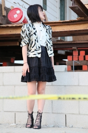 Elizabeth &amp; James skirt - forever 21 blouse - ann d shoes - vintage blazer