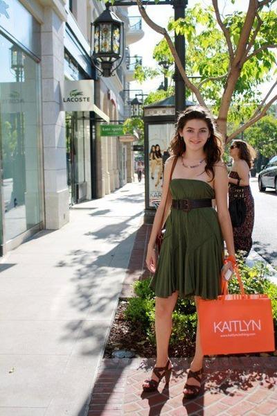 army green Max Mara skirt - dark brown Madden Girl sandals - brown vintage belt