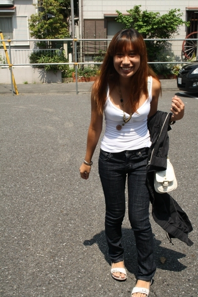 H&amp;M top - GU jeans - shoes