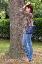 Animal Print Spruces Up Any Casual Outfit
