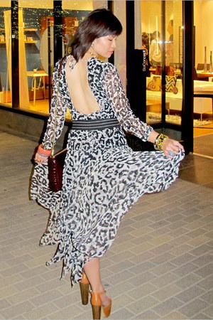 black vintage dress - crimson mac Rebecca Minkoff bag - tawny dany Jessica Simps
