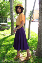 mustard Callanan hat - deep purple vintage skirt - light orange Impression Conce