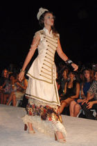 beige Louise Black dress