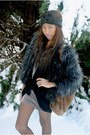 Faux-fur-urban-outfitters-jacket