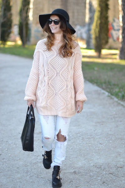 light pink Zara jumper - black Ebay boots - white Zara jeans