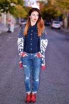 blue Zara jeans - red Zara boots - blue BLANCO shirt