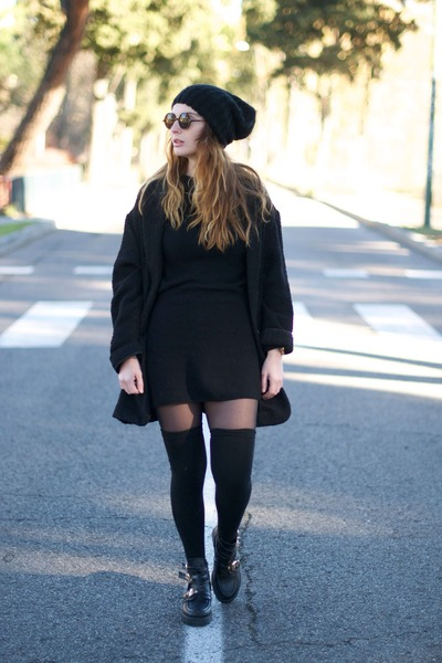 black Ebay boots - black Zara dress