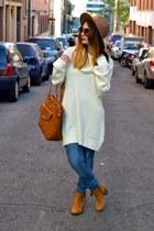 off white H&M jumper - tawny Bershka boots - BLANCO jeans - bronze Zara hat