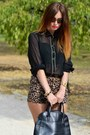 Black-blanco-shirt-black-cats-bag-brown-leopard-print-blanco-shorts