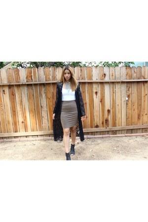 Forever 21 cardigan - knit bodycon Forever 21 skirt