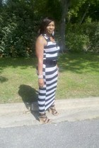 black and gray Forever 21 dress